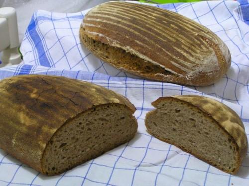 Proč se kváskový chléb nesní celý najednou?
