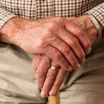 Proč brní ruce