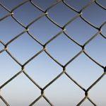 Sloupy pro plot i vinohrad rychleji a snadněji