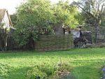 Jak jsme schovali kompostér za vrbovou ohradu
